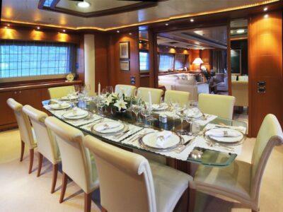 ariela motor yacht 14