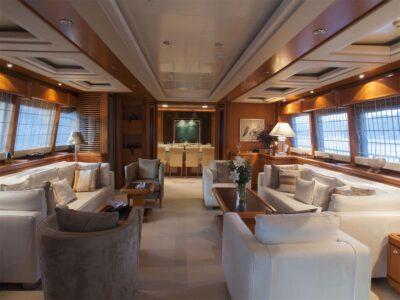 ariela motor yacht 21