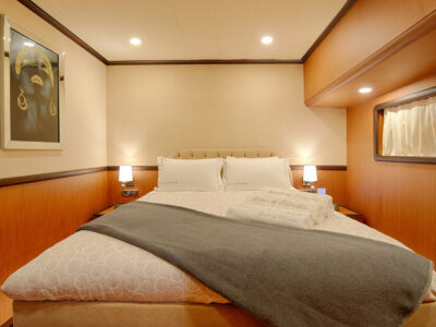 QOS cabin DOUBLE (2)