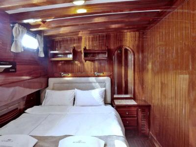 double cabinn