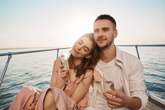 Motoryacht Charter For Honeymoon